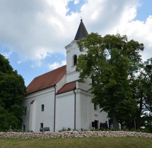 Bakonyszentlászló Evangélikus Templom2